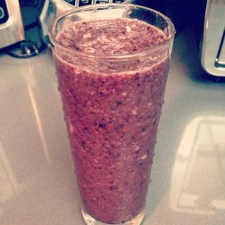 Blueberry Peach Mint Smoothie