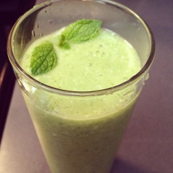 Pear Cucumber Mint Smoothie